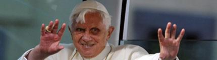 Co umí papež?