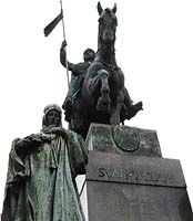Na mužně působícím nánosníku přilbice není zobrazen Ukřižovaný, jak se domnívali v 10. století ti, kdo jej na ni dodatečně připevnili, ale Viking Odin    - Foto JAN ŠIBÍK